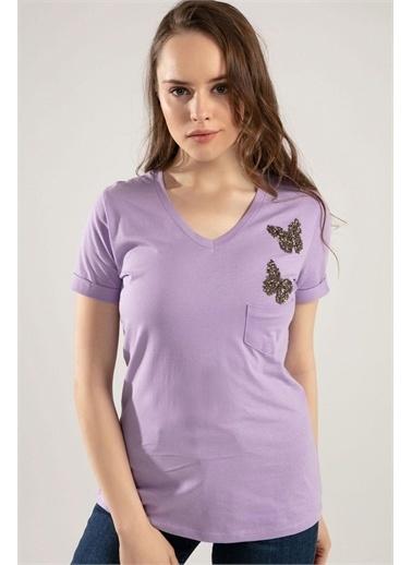Pattaya Pattaya Kadın V Yaka Kelebek Detaylı Duble Kol Tişört Y20S134-1138 Renkli
